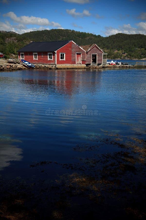 Boote in einem Hafen, Norwegen lizenzfreies stockfoto