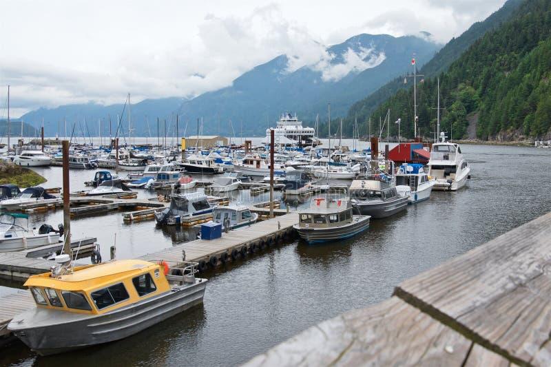 Boote im Hafen an der Hufeisenbucht stockbild