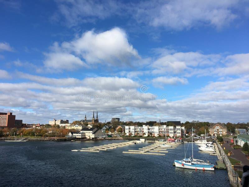 Boote im Jachthafen Prinz Edward Island charlottetown stockfotos