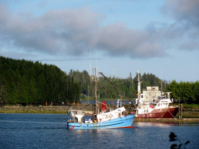Boote in Pender-Hafen auf Sonnenschein-Küste BC Kanada stockfotos