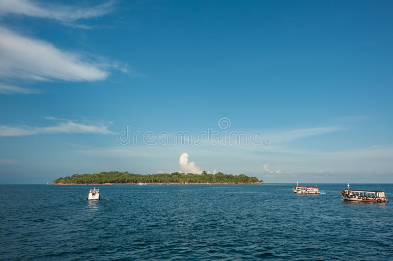 Boote verankert in Andaman-Inseln, Indien stockbilder