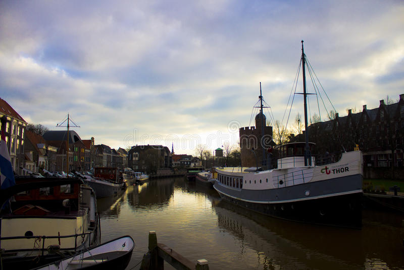 Boote in Zwolle stockfotografie