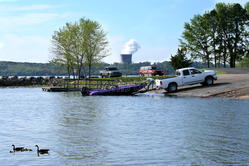 Bootfahrt am Park stockfotos