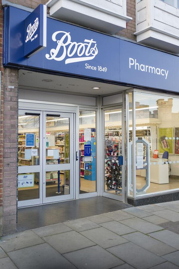 Boots farmaceutiska kemist UK high street royaltyfri foto