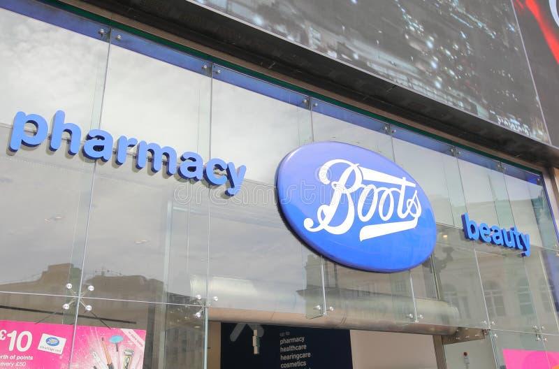 Boots Pharmacy London UK immagini stock libere da diritti