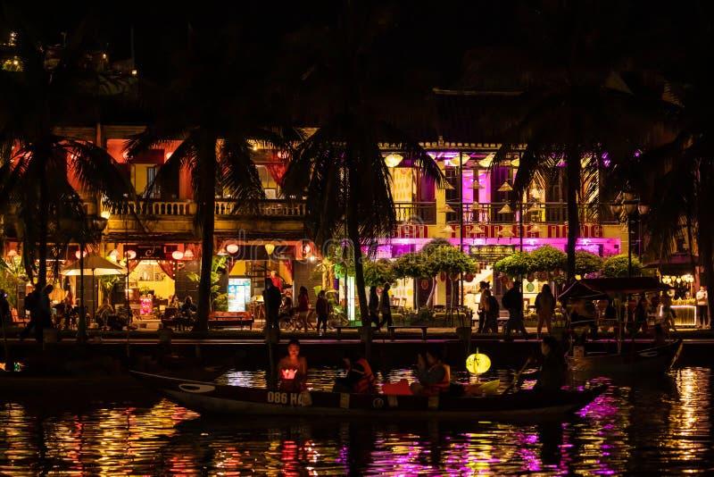 Bootsfahrt Hoi An in Vietnam lizenzfreie stockbilder