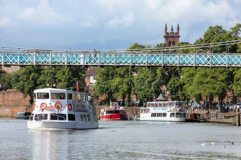 Boote. Flusskreuzfahrten. Chester. England stockfoto