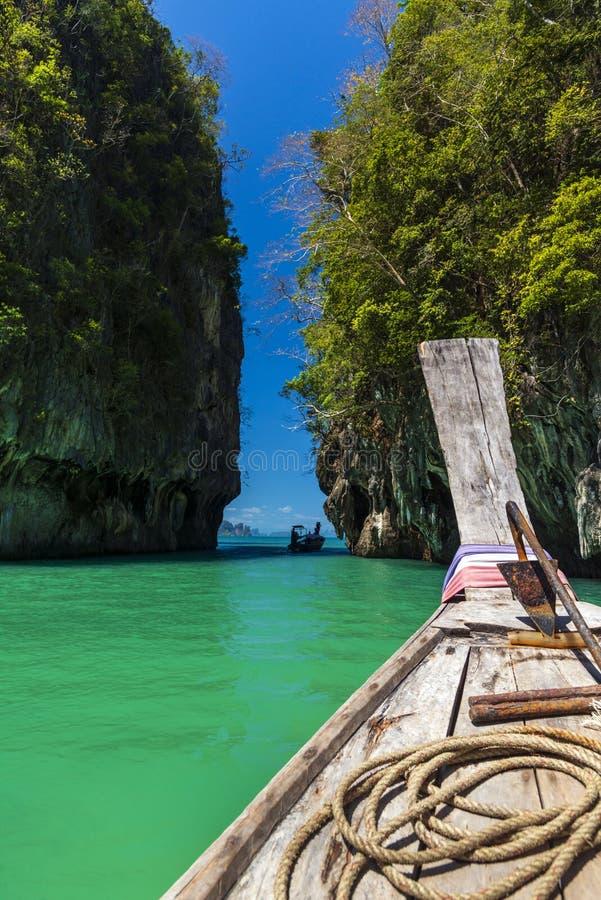 Bootsreise lizenzfreie stockfotos