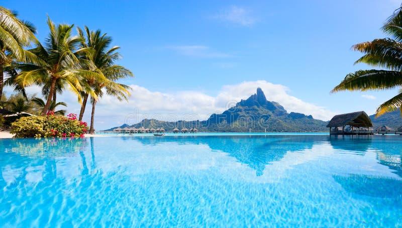 Bora Bora liggande royaltyfri fotografi