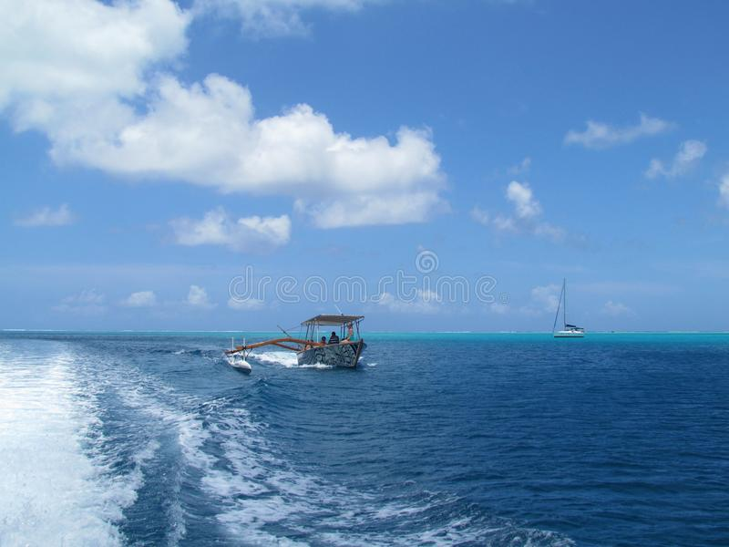 Bora Bora - paradis en couleurs photos libres de droits