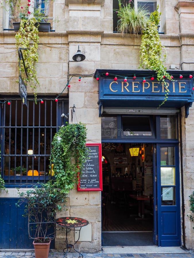 BORDÉUS, GIRONDE/FRANCE - 21 DE SETEMBRO: Creperie aberto para Busi imagem de stock royalty free