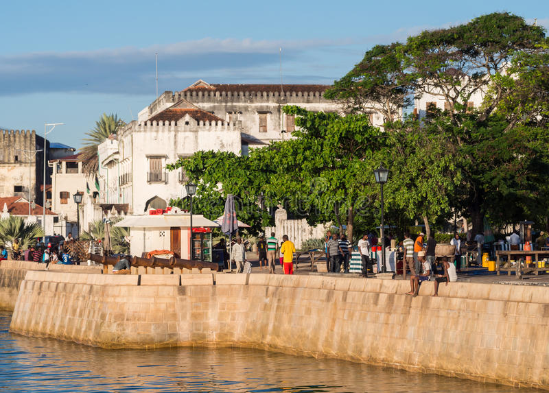 Bord de mer dans la ville en pierre, Zanzibar, Tanzanie photos libres de droits