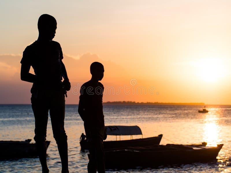 Bord de mer dans la ville en pierre, Zanzibar, Tanzanie images libres de droits