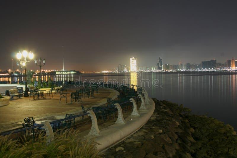 bord de mer de vue de l'Abu Dhabi image stock