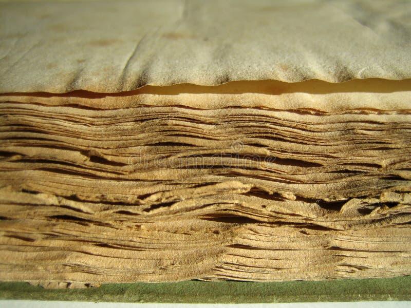 Bord de vieux livre photos stock