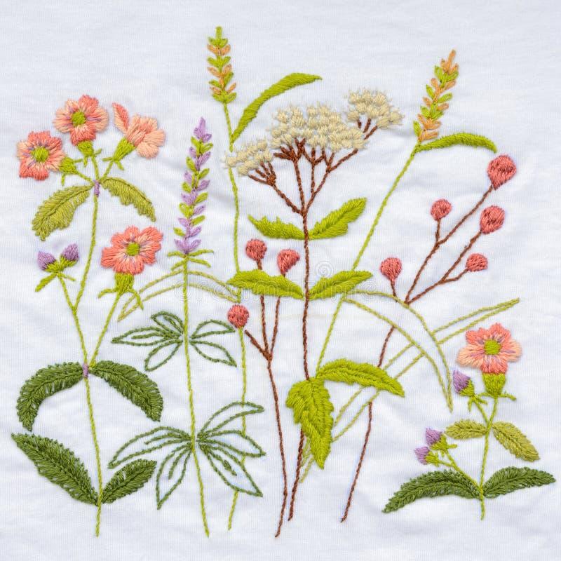 Bordado Handmade da flor imagem de stock