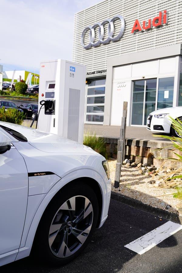 Bordeaux, Aquitaine / Γαλλία - 10 27 2019: Γερμανικό κατάστημα αυτοκινήτων Volkswagen στοκ φωτογραφίες με δικαίωμα ελεύθερης χρήσης