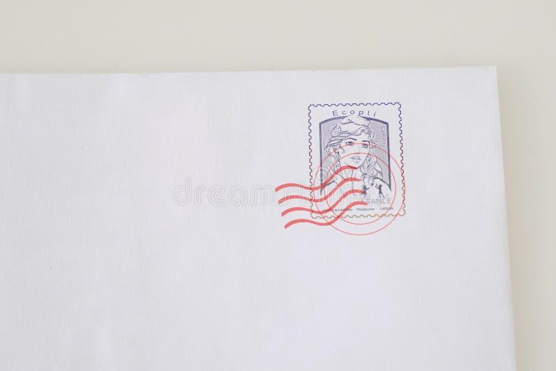 Bordeaux , Aquitaine / France - 10 15 2019 : enveloppe avec timbre gris en France photographie stock libre de droits