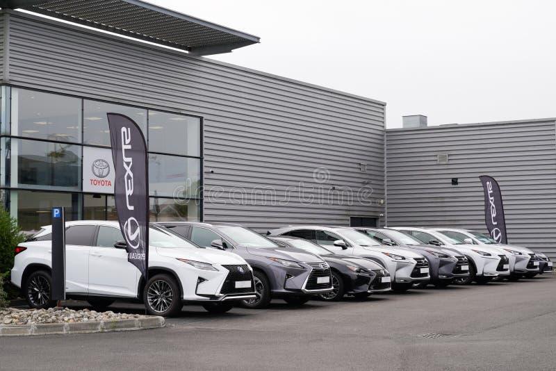 Bordeaux , Aquitaine / Francia - 10 novembre 2019 : Lexus Automobile Dealership store car shop fotografia stock libera da diritti
