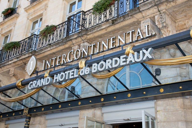 Bordeaux Aquitaine/Frankrike - mars 22 2019: Interkontinentala Bordeaux det lyxiga hotellet för Le som Grand Hotel lokaliseras i  royaltyfri foto