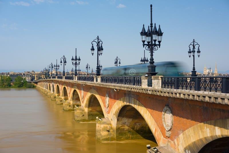 Bordeaux dans un jour d'été ensoleillé images stock