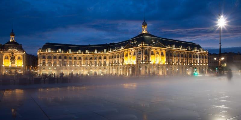 Bordeaux de miroir de brume de l'eau de brume, l'Aquitaine, France photo stock