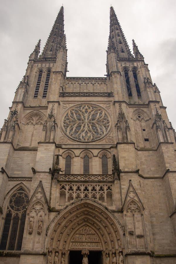 BORDEAUX, FRANKREICH - 6. JUNI 2017: Bordeaux-Kathedrale Cathedrale Heilig-Andre de Bordeaux ist eine Roman Catholic-Kathedrale,  stockbild