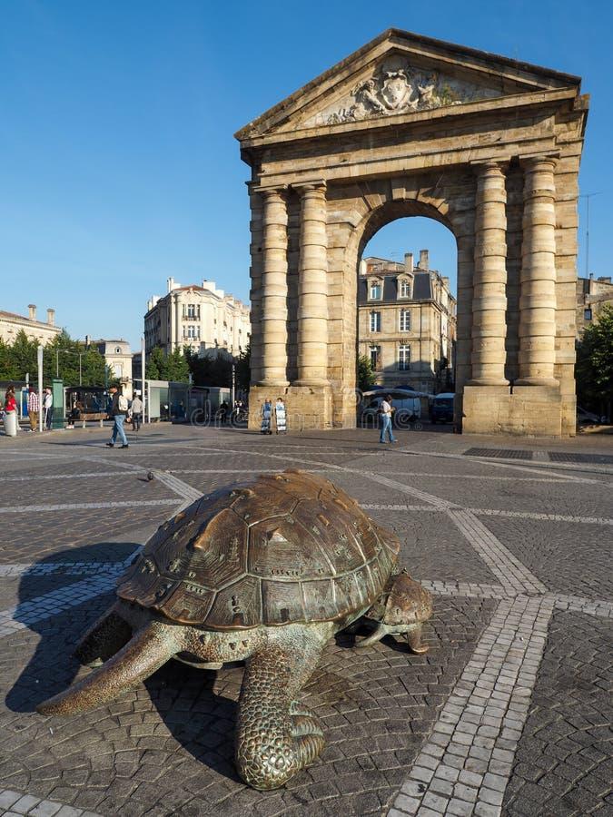 BORDEAUX GIRONDE/FRANCE - SEPTEMBER 21: Bronsskulpturer av a royaltyfri foto