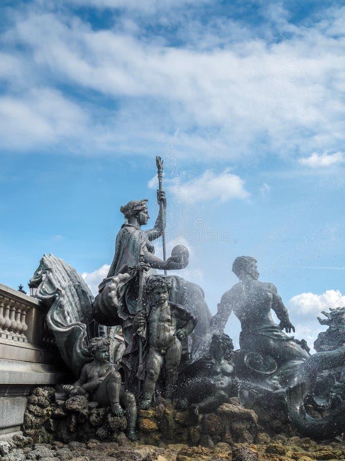 BORDEAUX GIRONDE/FRANCE - SEPTEMBER 19: Monument till Gironden arkivfoton