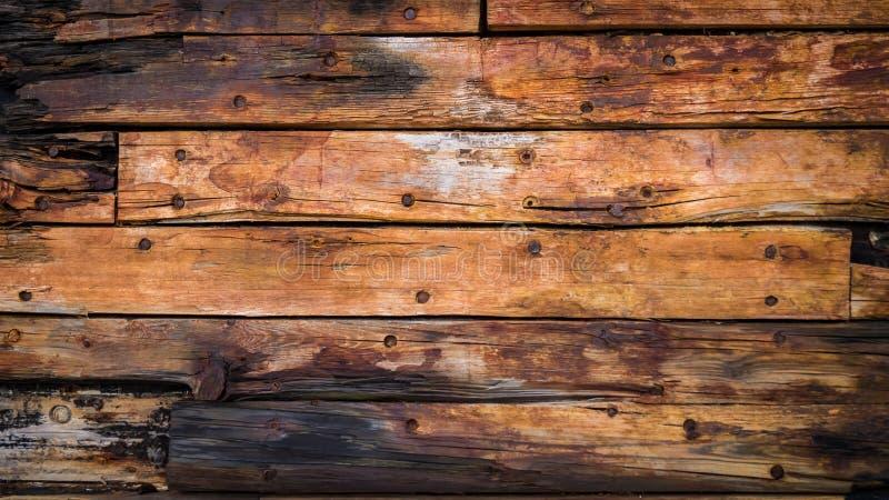 bordi di legno anziani sulla piattaforma immagini stock