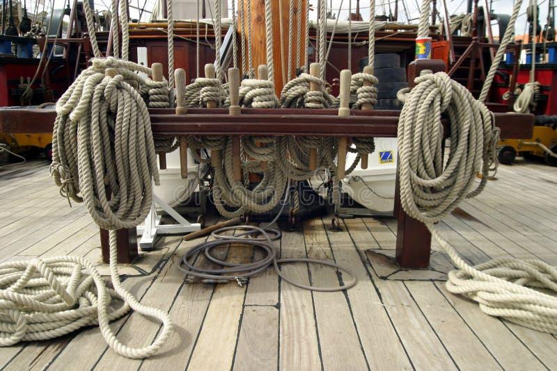 Download A bordo de foto de stock. Imagem de sailing, nós, sail - 112758