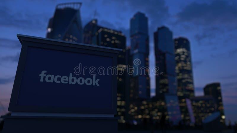 Bordo del contrassegno della via con l'iscrizione di Facebook fotografia stock
