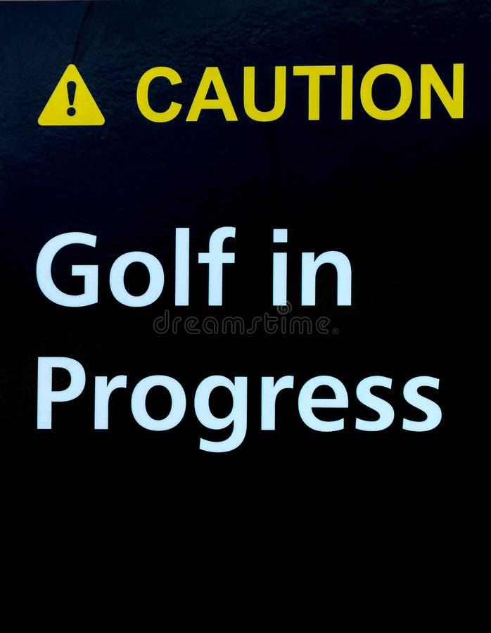 Bordo della segnaletica di sicurezza sul campo da golf fotografie stock