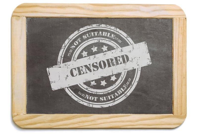 Bordo nero con il messaggio stratificato del gesso censurato fotografie stock libere da diritti