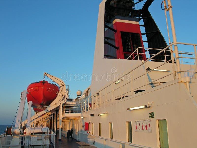 A bordo un transbordador imagen de archivo