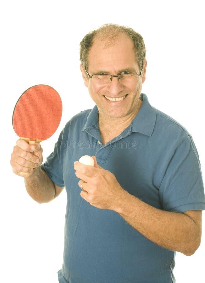 bordtennis för pensionär för pong för manping leka royaltyfri bild