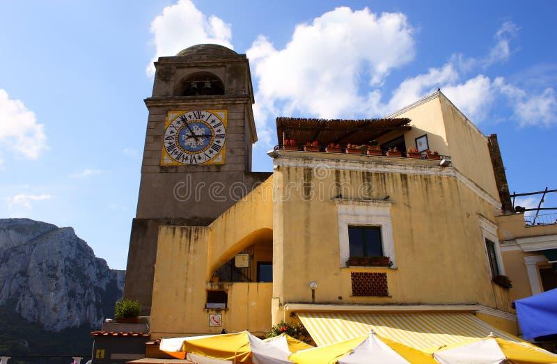Borduhren auf Capri Kontrollturm stockfotografie