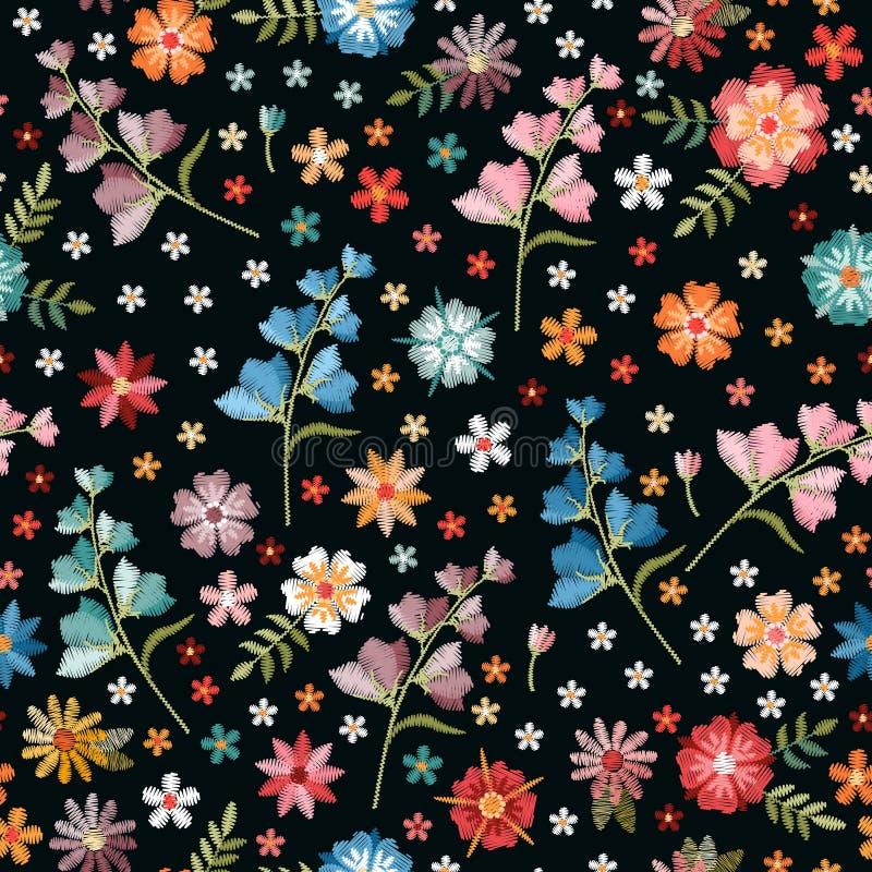 Borduurwerk naadloos patroon met de zomer wilde bloemen Kleurrijke bloeiende weide op zwarte achtergrond Druk voor stof en textie stock illustratie