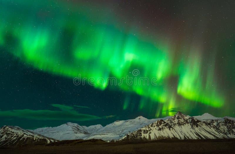 Borealist da Aurora em Islândia do sul imagens de stock