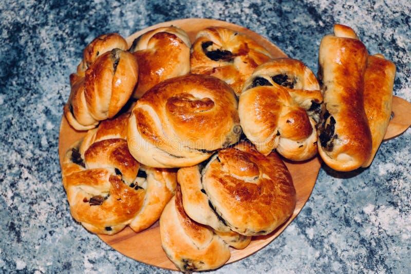 Borek turco pastelaria-delicioso dos espinafres com espinafres fotos de stock