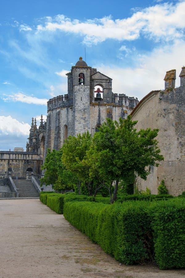 Borggård av den medeltida slotten av riddarna Templar arkivfoto