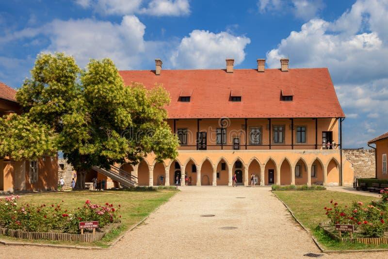 Borggård av slotten arkivbilder