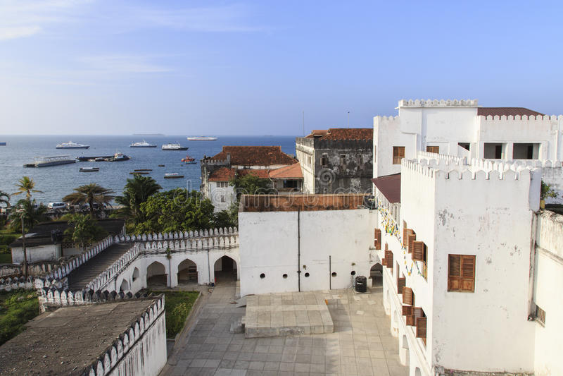 Borggård av sultans slott - Zanzibar arkivfoto