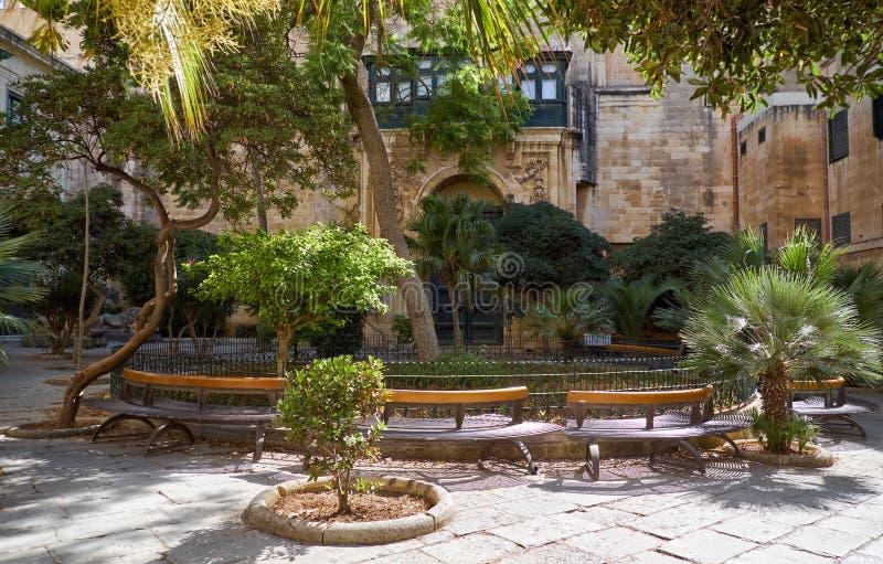 Borggården för ` s för prins Alfred av slotten för Grandmaster` s valle royaltyfri fotografi