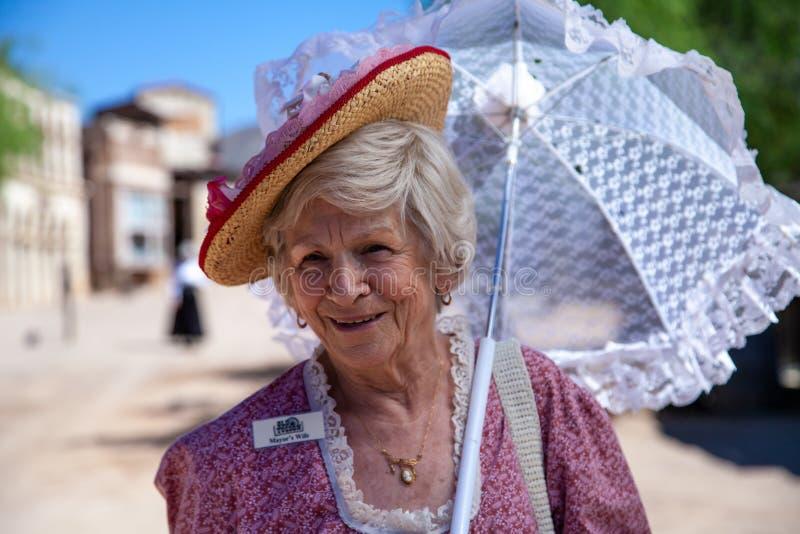 Borgmästares fru i gamla Tucson arkivfoto