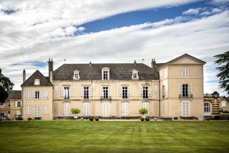 Borgogna Montrachet Chateau de Meursault ` För skjul D eller france arkivbild