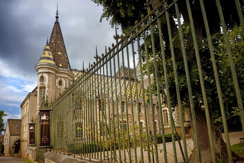 Borgonha, castelo Corton Charlemagne france imagem de stock