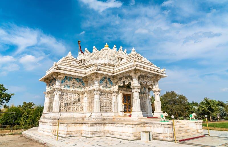 Borij Derasar, en Jain tempel i Gandhinagar - Gujarat, Indien royaltyfri fotografi