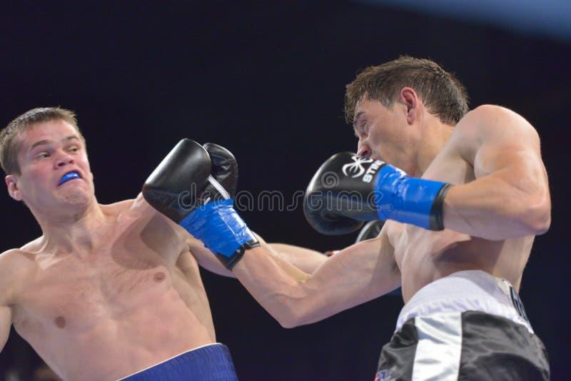 Boris Georgiev contre Viacheslav Kislitsyn photo stock