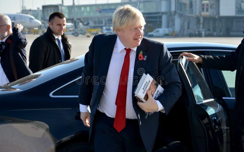 Boris Johnson, sekretarka stan z jego książką Churchill czynnik zdjęcie stock